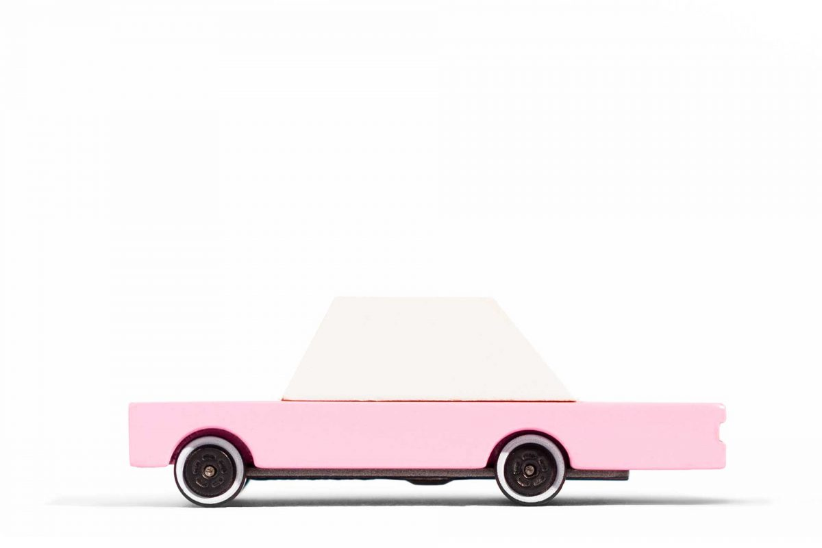 Candylab Pink Sedan lato