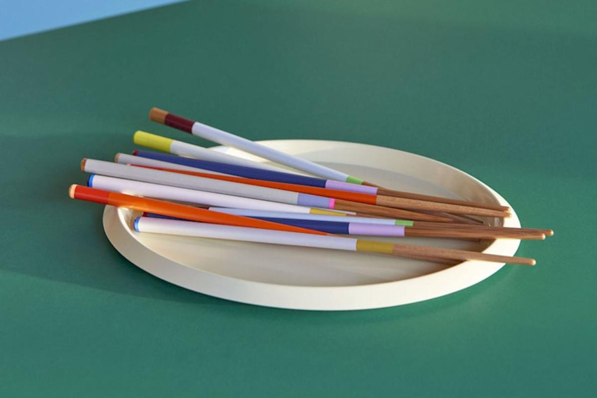 Hay-colour-sticks_imageslider_1