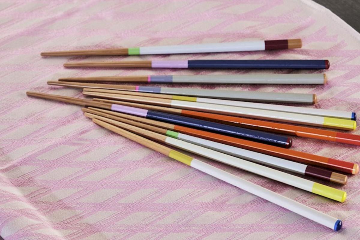 Hay-colour-sticks_imageslider_3