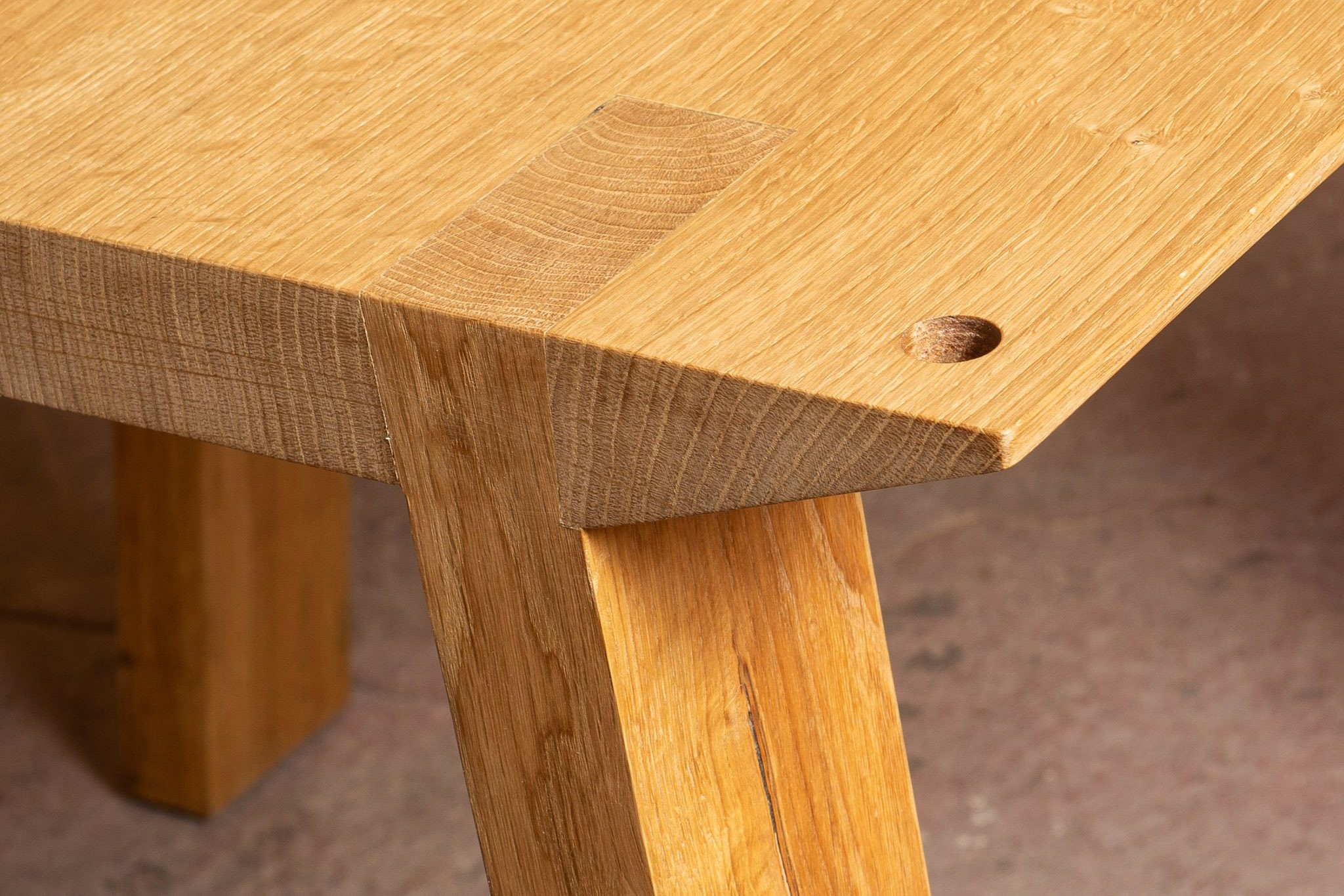 Vud Design Tables Trieste dispoke Italy